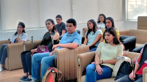 maxicans-students3